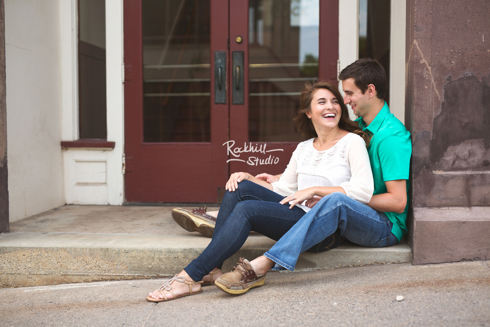 Rockhill-studio-marquette-michigan-upper-peninsula-engagement-session-downtown-9.jpg