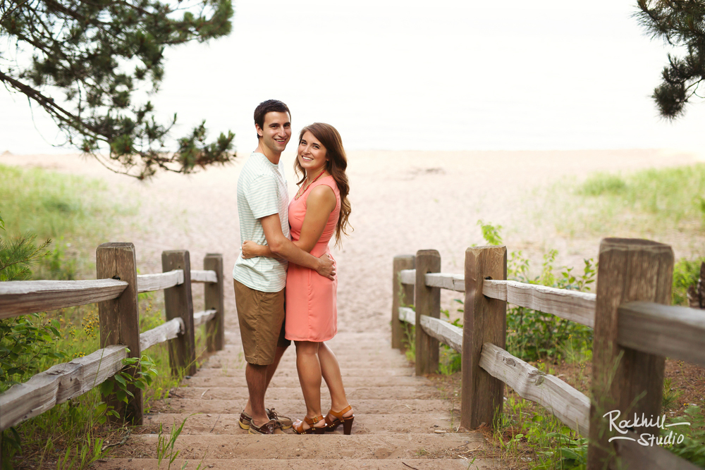 rockhill-studio-marquette-michigan-upper-peninsula-engagement-photographer-wetmore-landing-lake-superior-wedding-17.jpg