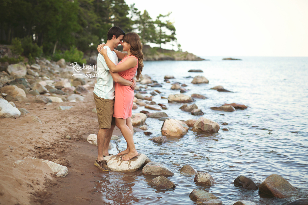 rockhill-studio-marquette-michigan-upper-peninsula-engagement-photographer-wetmore-landing-lake-superior-wedding-24.jpg