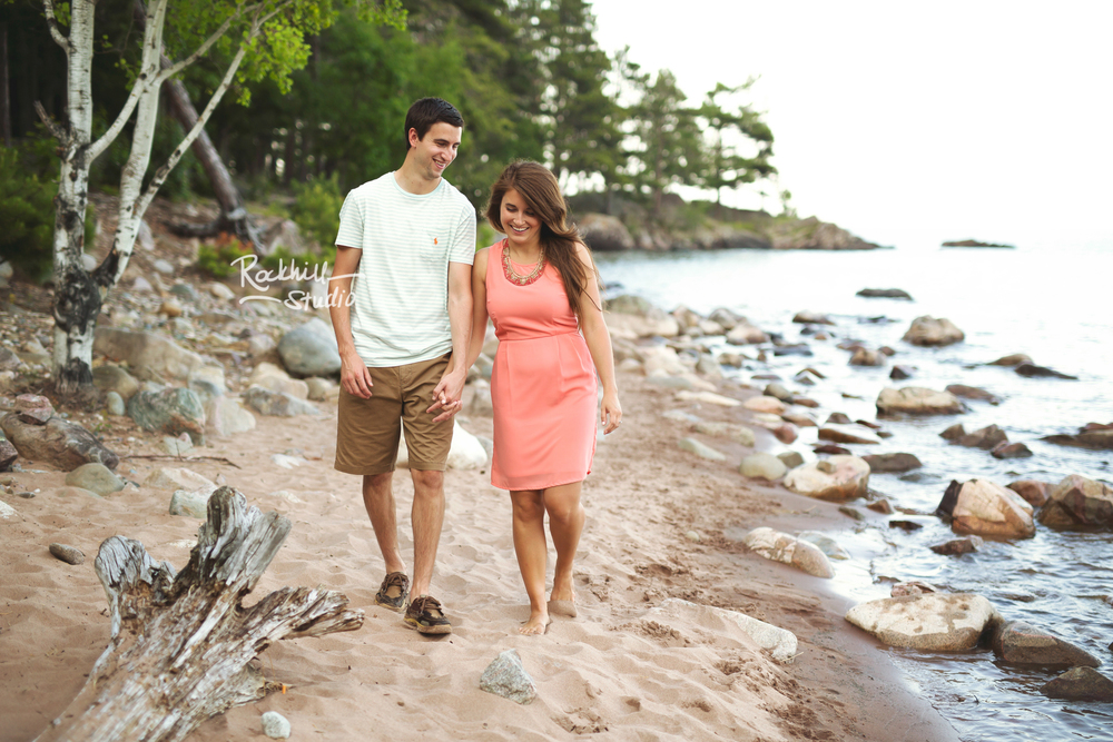 rockhill-studio-marquette-michigan-upper-peninsula-engagement-photographer-wetmore-landing-lake-superior-wedding-30.jpg
