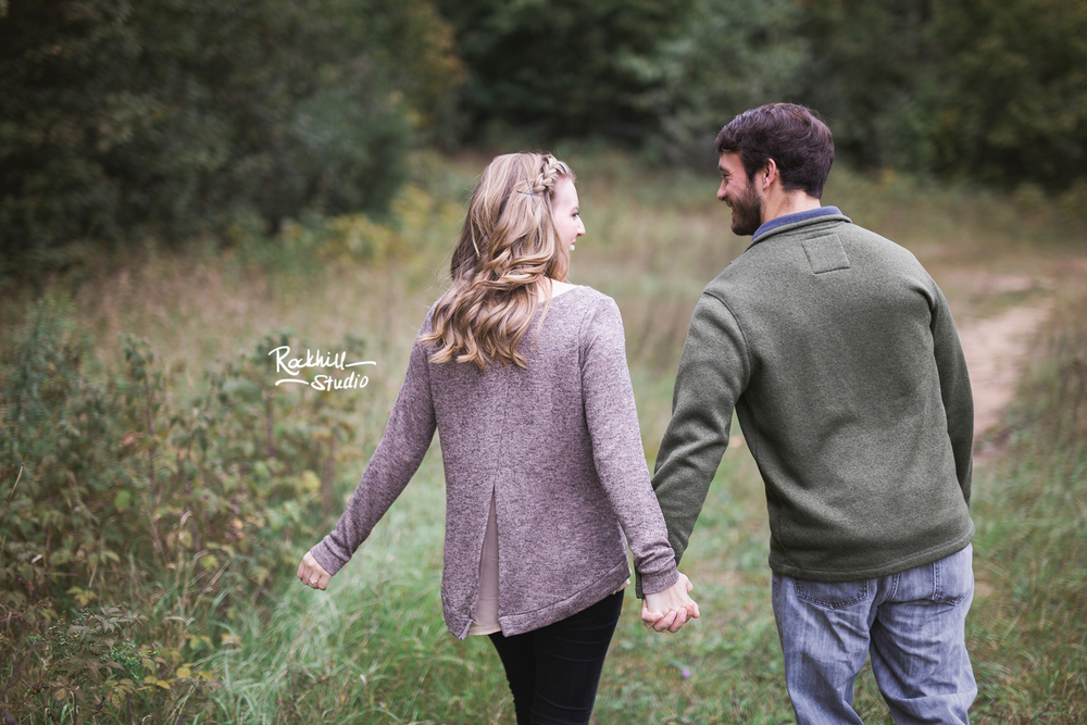 rockhill-stuido-newberry-michigan-engagement-photography-upper-peninsula-fall-10.jpg