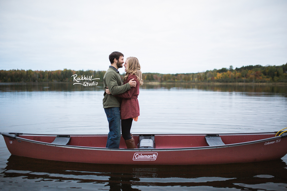 rockhill-stuido-newberry-michigan-engagement-photography-upper-peninsula-fall-canoe-19.jpg