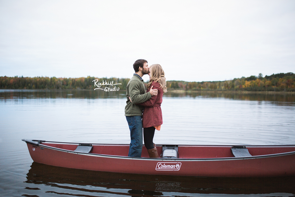 rockhill-stuido-newberry-michigan-engagement-photography-upper-peninsula-fall-canoe-20.jpg