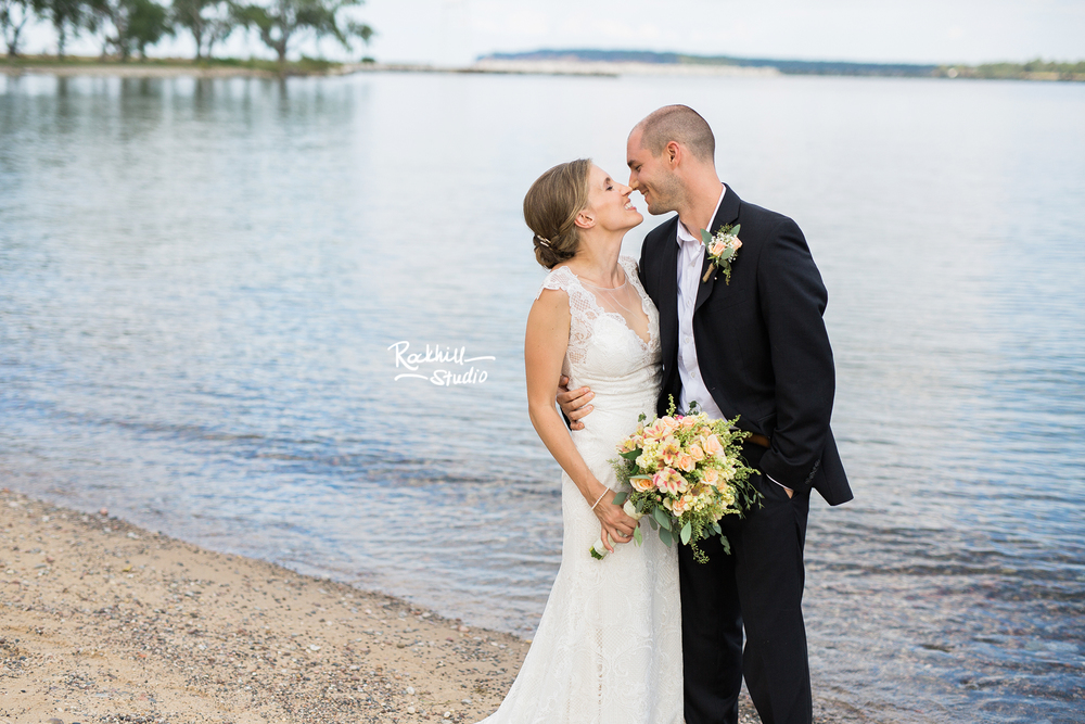 grand-marais-wedding-photography-upper-peninsula-northern-michigan-rockhill-54.jpg