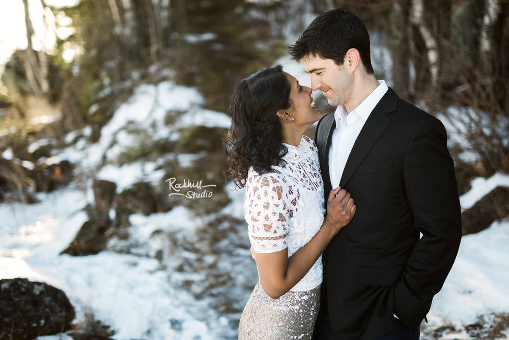 northern-michigan-wedding-marquette-engagement-upper-peninsula-michigan-rockhill-winter-11.jpg