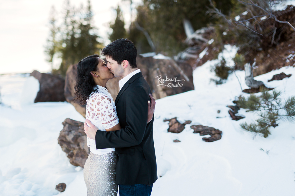 northern-michigan-wedding-marquette-engagement-upper-peninsula-michigan-rockhill-winter-16.jpg