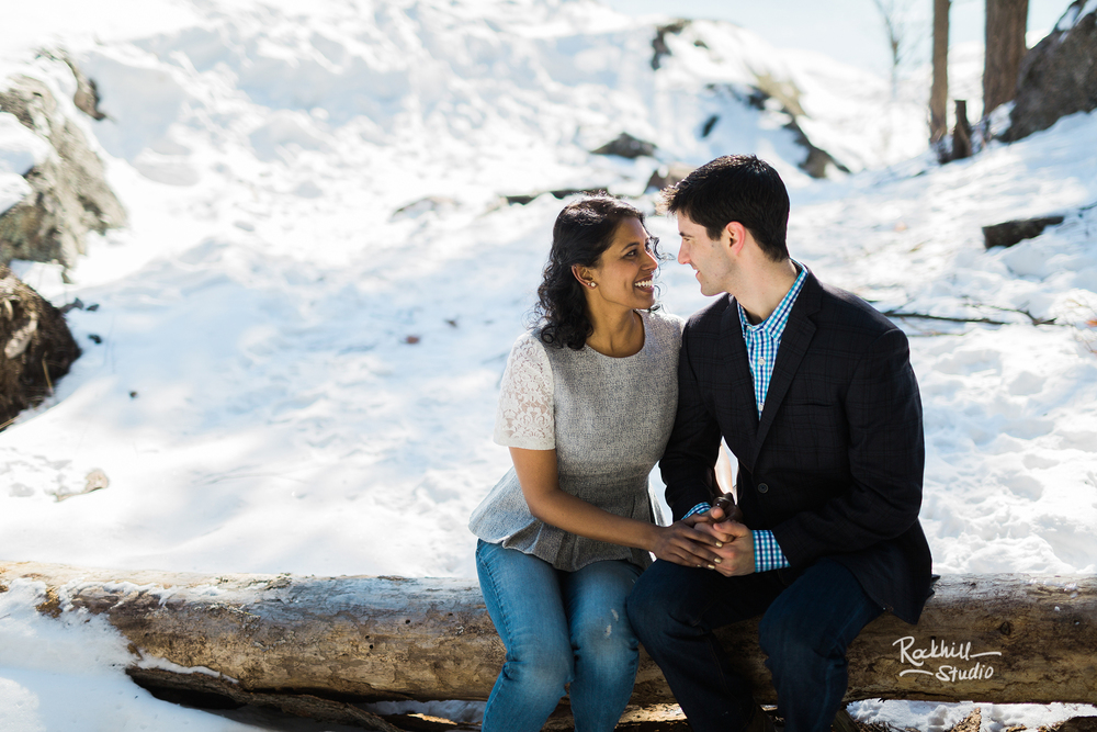 northern-michigan-wedding-marquette-engagement-upper-peninsula-michigan-rockhill-winter-30.jpg