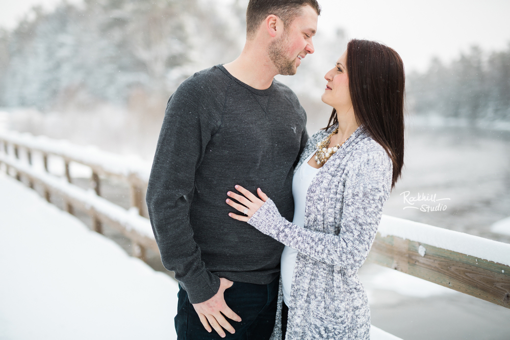 northern-michigan-engagement-photogrpher-wedding-manistique-winter-bridge-1.jpg