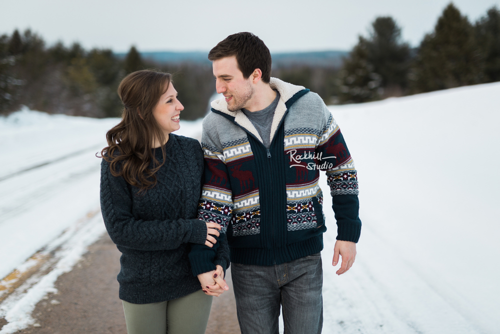 northern-michigan-upper-peninsula-engagement-photography-wedding-rockhill-studio-traverse-city-22.jpg