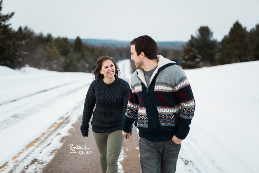 northern-michigan-upper-peninsula-engagement-photography-wedding-rockhill-studio-traverse-city-24.jpg