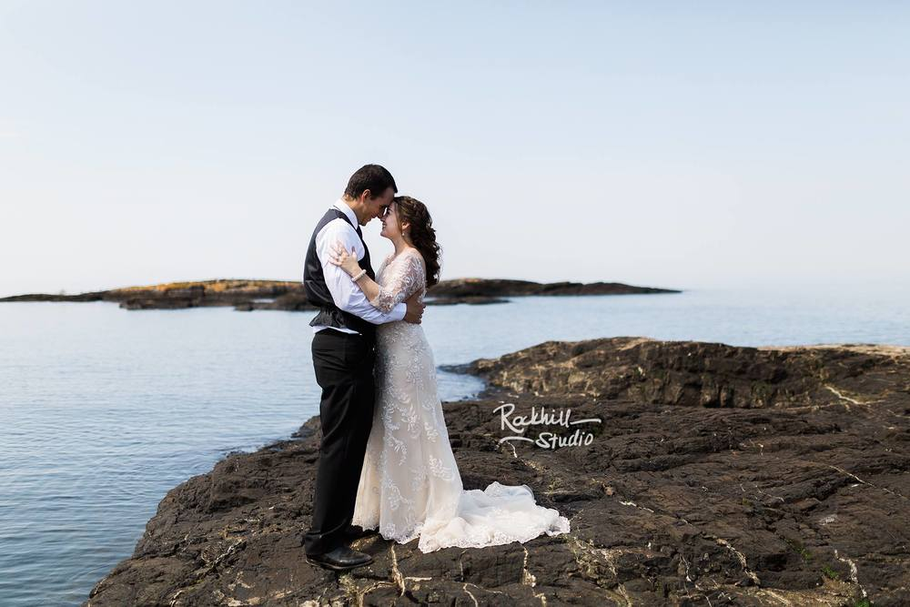 Marquette Wedding Photography Upper Peninsula Michigan Rockhill Studio Presque Isle Wedding Dawn Matt