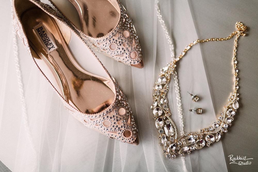 traverse city wedding photographer bride details jewelry