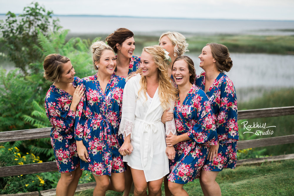 traverse-city-wedding-photographer-bridesmaids-2.jpg