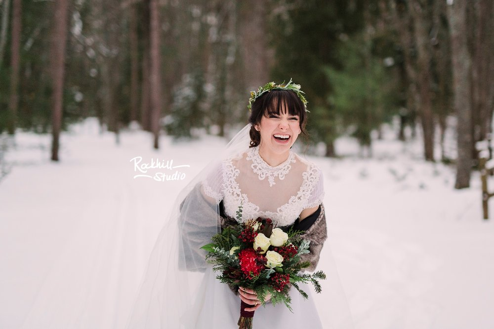 traverse_city_wedding_photographer_winter_rockhill_bride_1.jpg