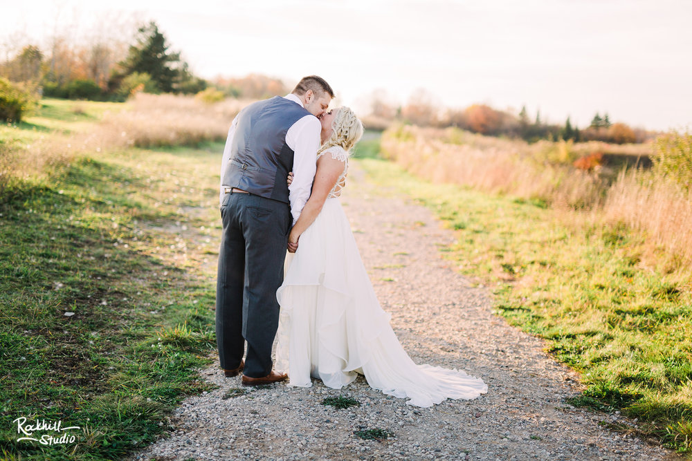 Traverse_city_wedding_photographer_michigan_rockhill_studio_bride_groom_QD_52.jpg