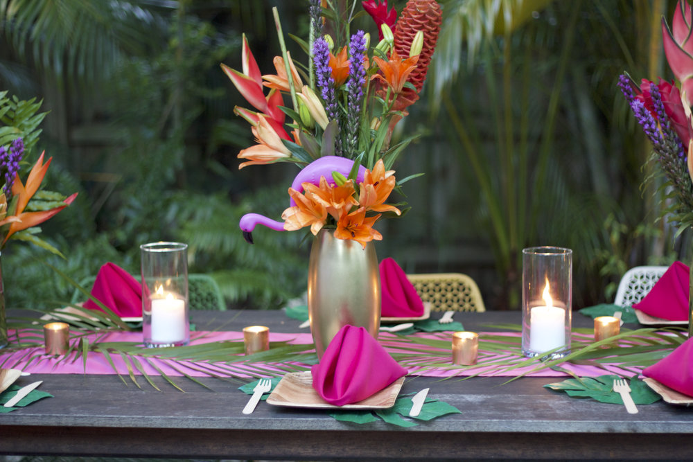 The flamingo in this floral arrangement was a nice touch.