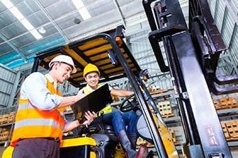 3G Logistics Christchurch | Logistics Management in New Zealand | Working on a forklift