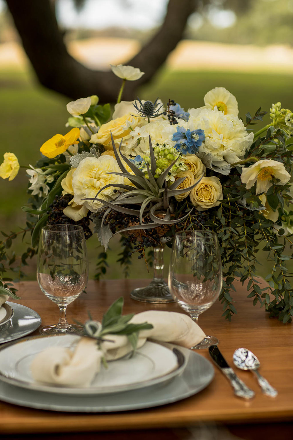 Mitch's Flowers - Table Decor - Bride Film