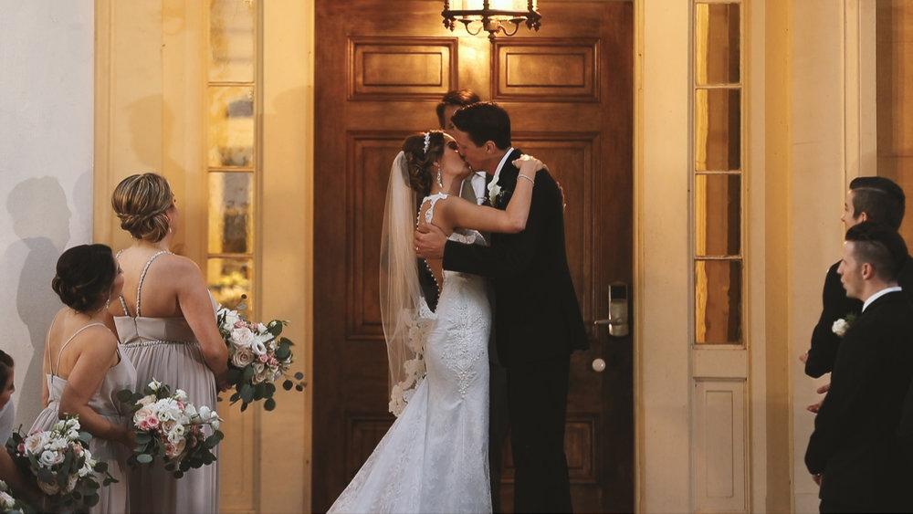 Destination Wedding Videography_Bride Film_Houmas House Plantation_BERTA wedding dress