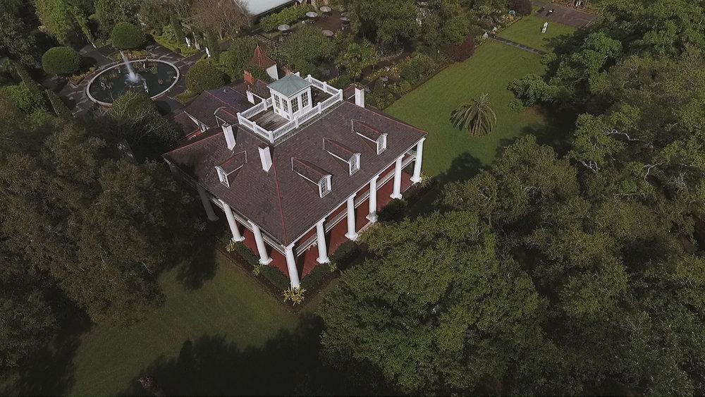 Destination Wedding Videography_Bride Film_Houmas House Plantation