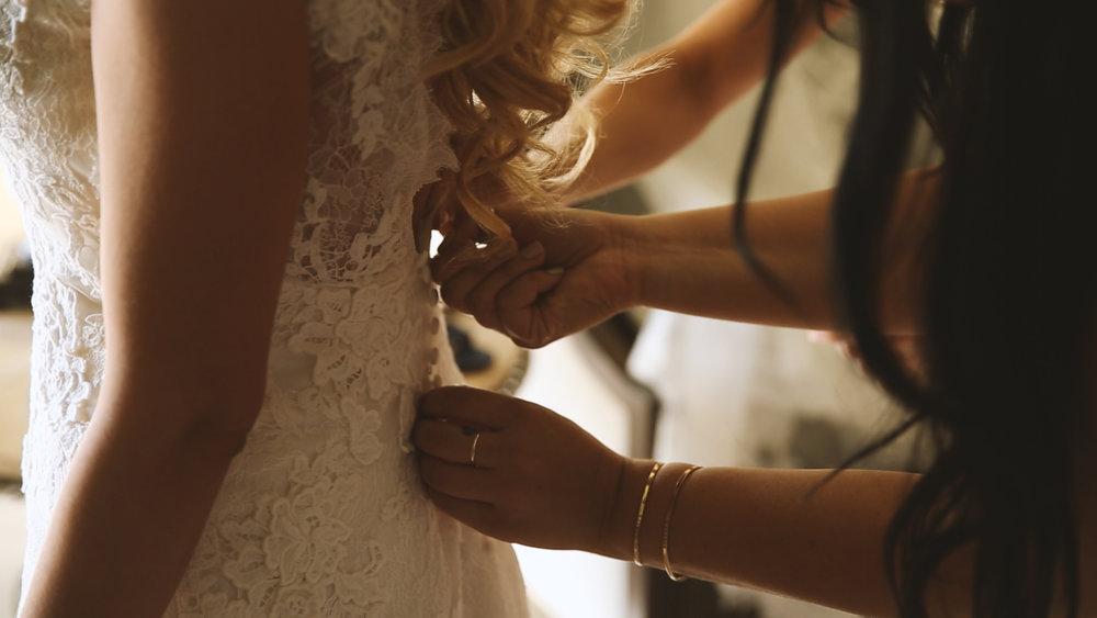 BrideFilm_Baton Rouge Wedding Videography_bride dress prep