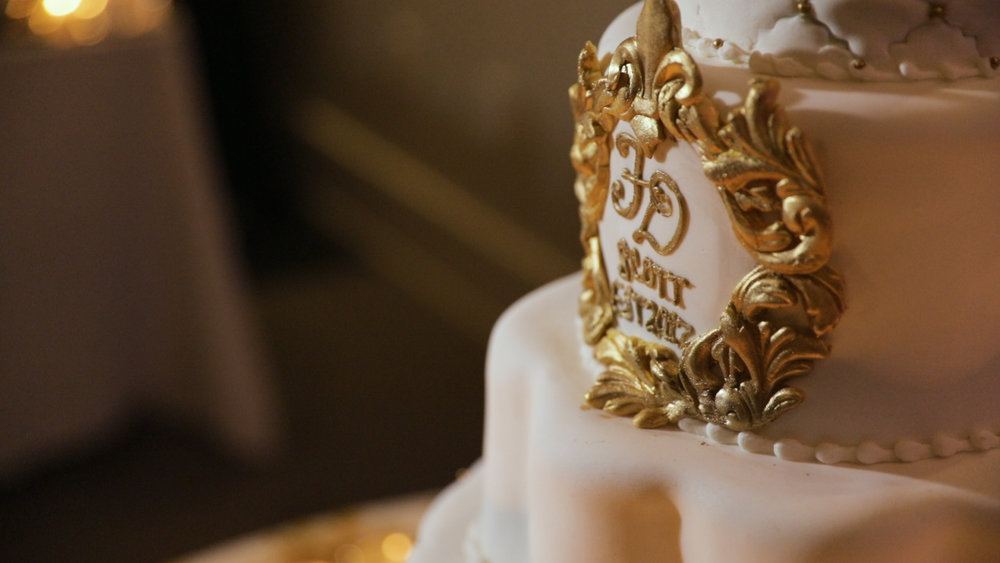 New Orleans Wedding video_Fallon and Devon_wedding cake