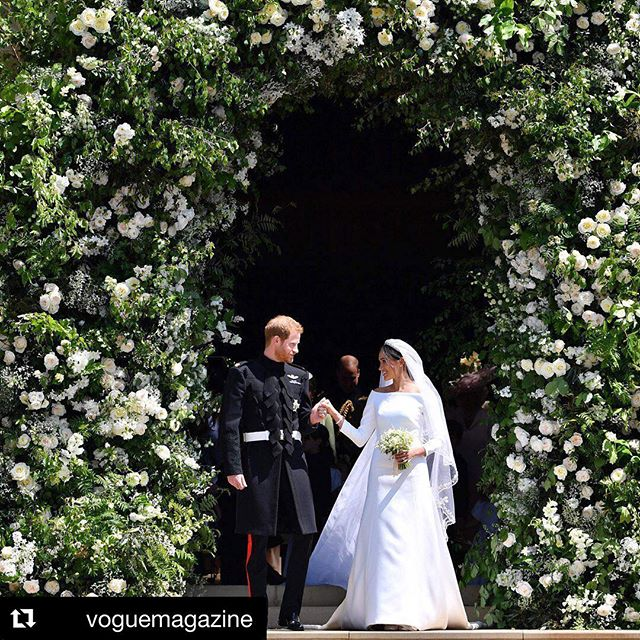 We don't know about you, but we're still swooning over this magical fairytale day!! Can't wait to see Meghan's second look too! 🎉🎉 #Repost @voguemagazine ・・・ Today, with all eyes on them, Prince Harry wed Meghan Markle at St. George's Chapel in Windsor. Tap the link in our bio to read all highlights from the #royalwedding.