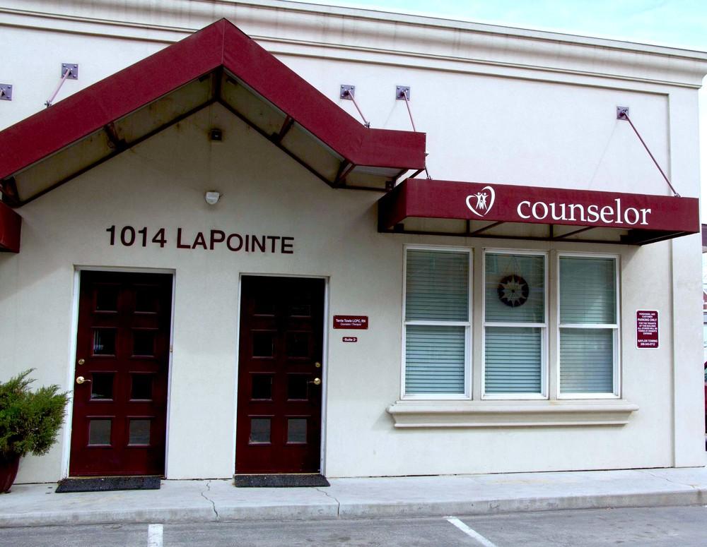 TowleCounseling1014 La Pointe St.