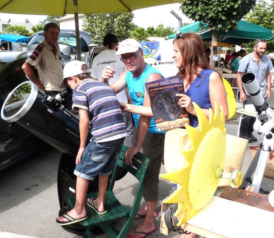 Nuit des étoiles 2015 Castelnau le lez - Places du marchés