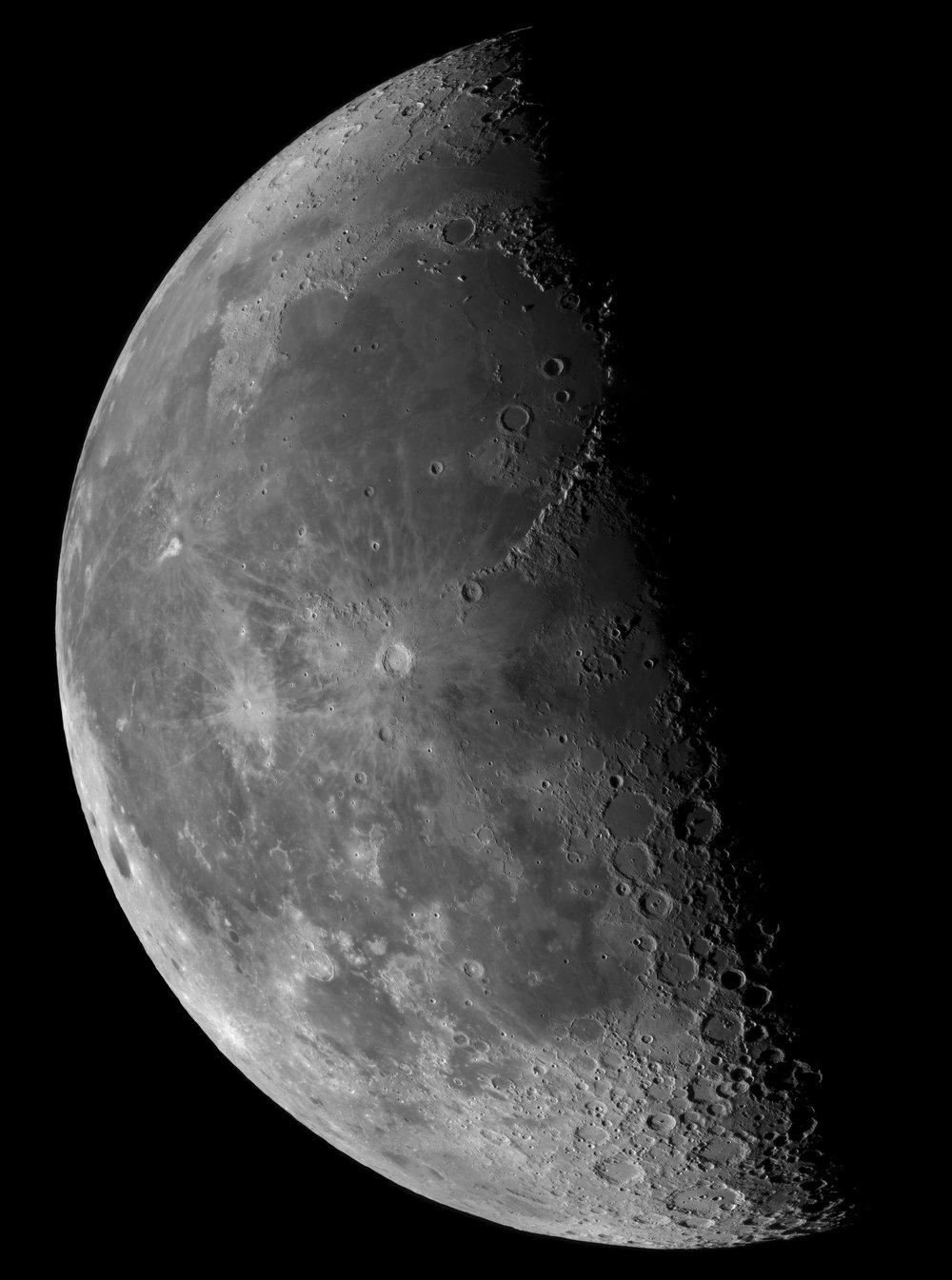lune-dq-hd-16sep14-sct10i-ir742.jpg