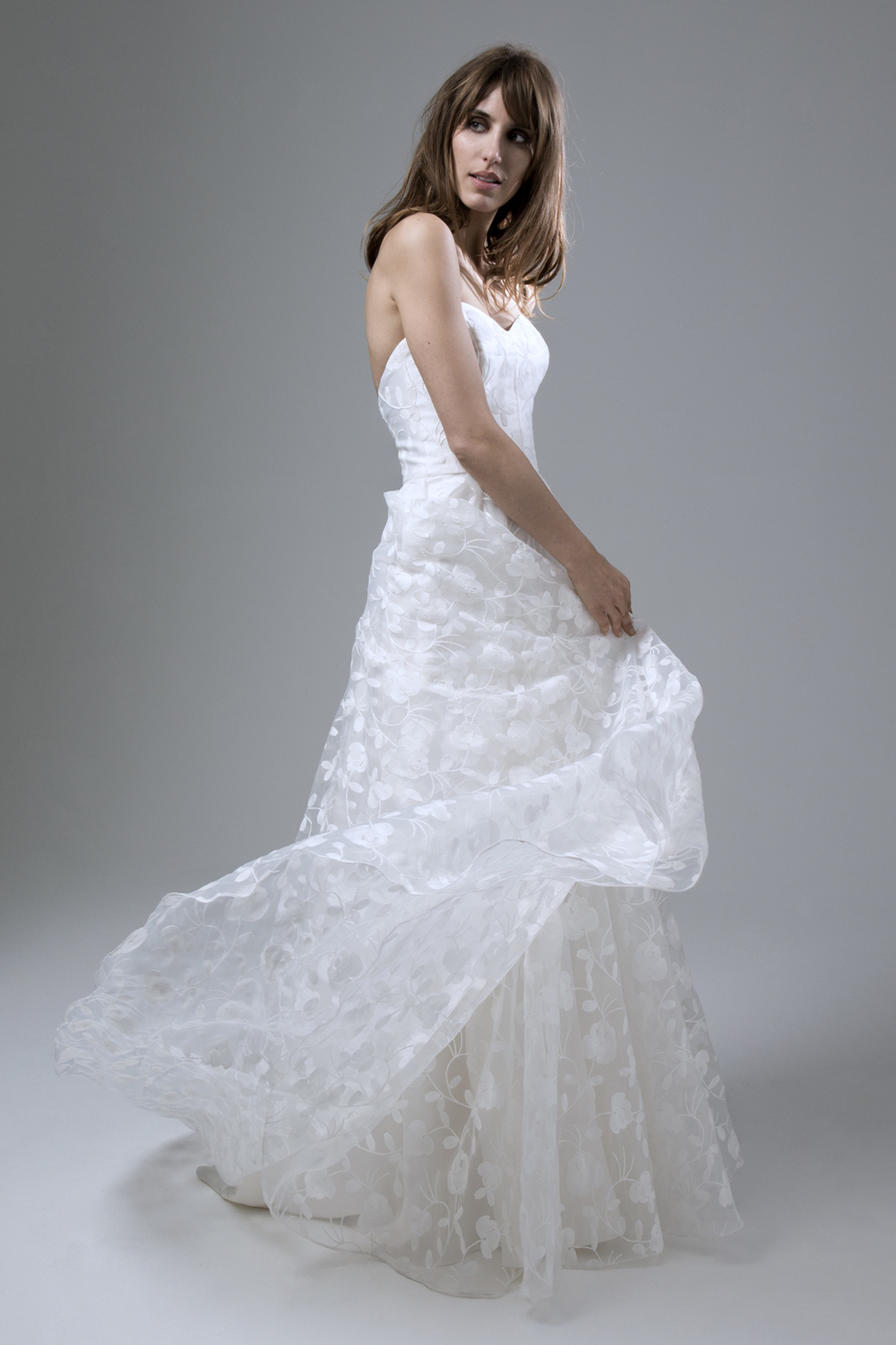 Strapless sweetheart neckline Esme wedding dress by halfpenny London