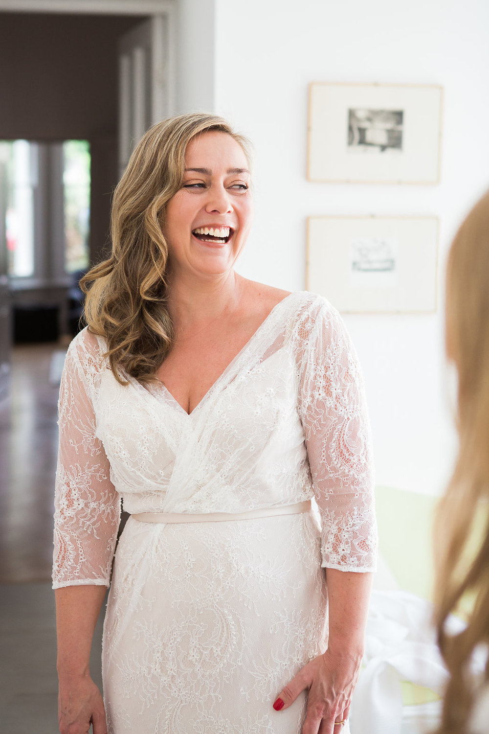 Beautiful bride Elizabeth wore a wedding gown by Halfpenny London