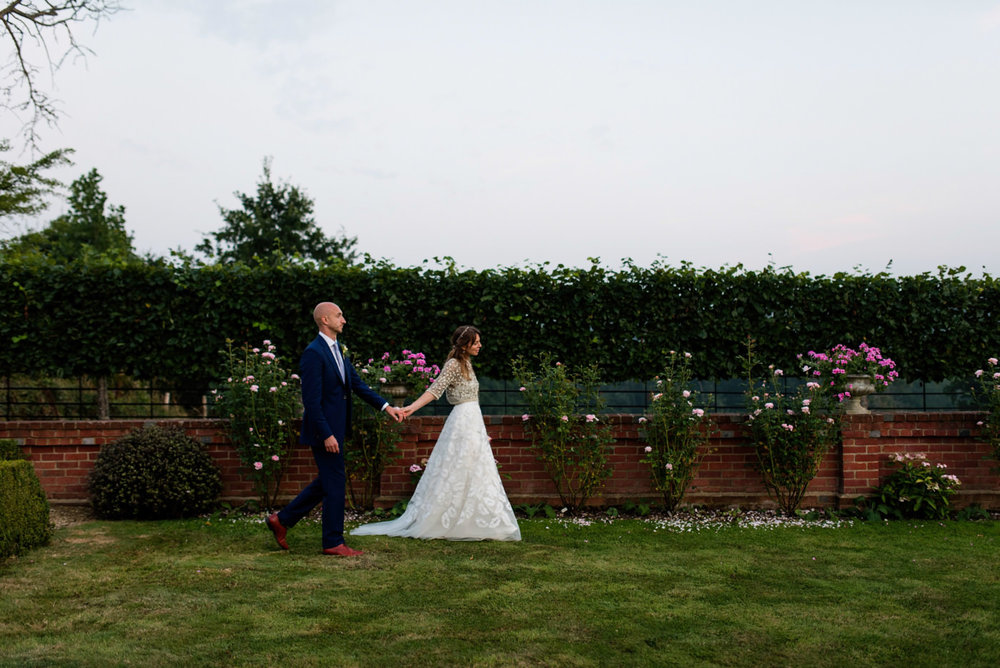 Gorgeous bride Robyn wore a wedding dress by Halfpenny London