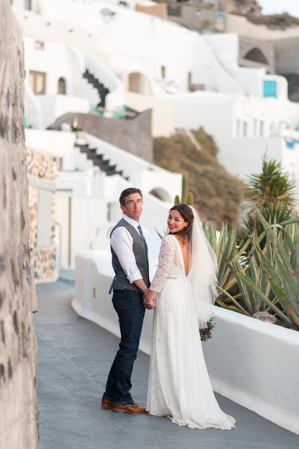 Beautiful bride Stephanie wears a wedding dress by Halfpenny London