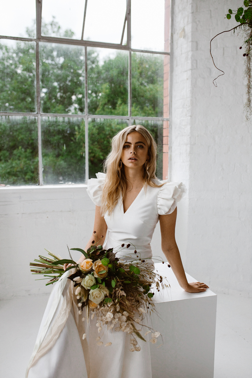 Minimalist Bridal Style | Wedding dress by Halfpenny London | Image by Agnes Black.jpg