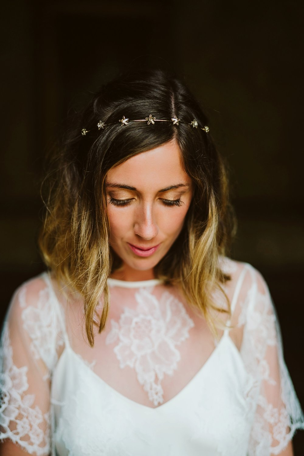 Beautiful bride Sarah wore a wedding dress by Halfpenny London