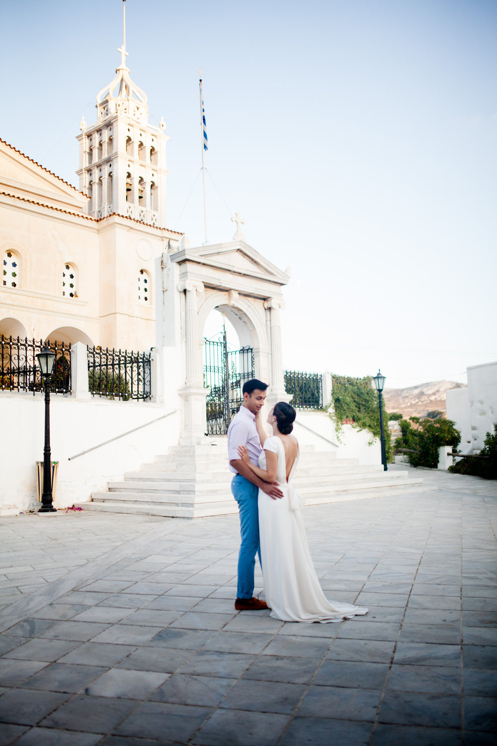 Beautiful bride Katherine wore a wedding dress by Halfpenny London