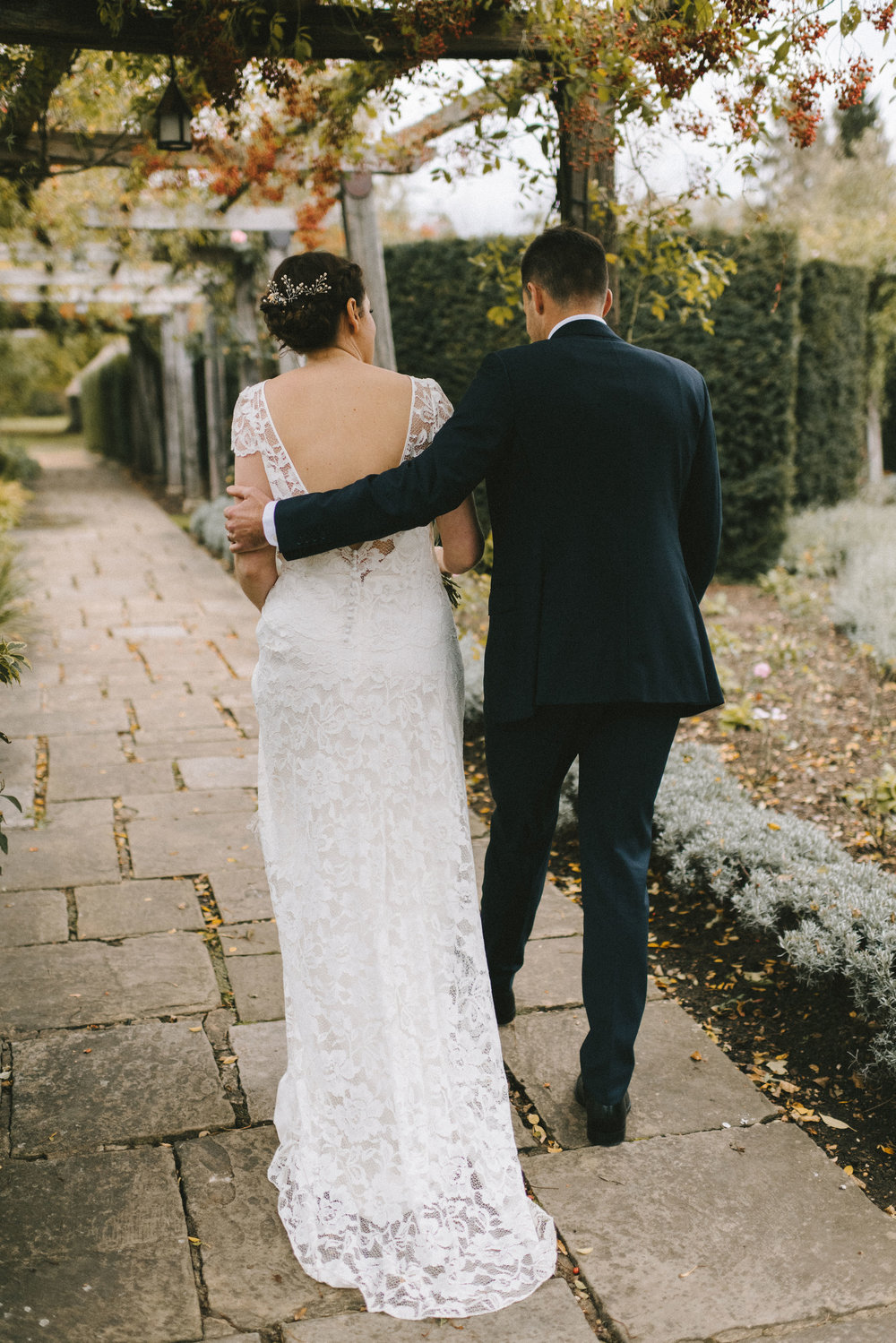 Beautiful bride Lizzi wore a wedding dress by Halfpenny London