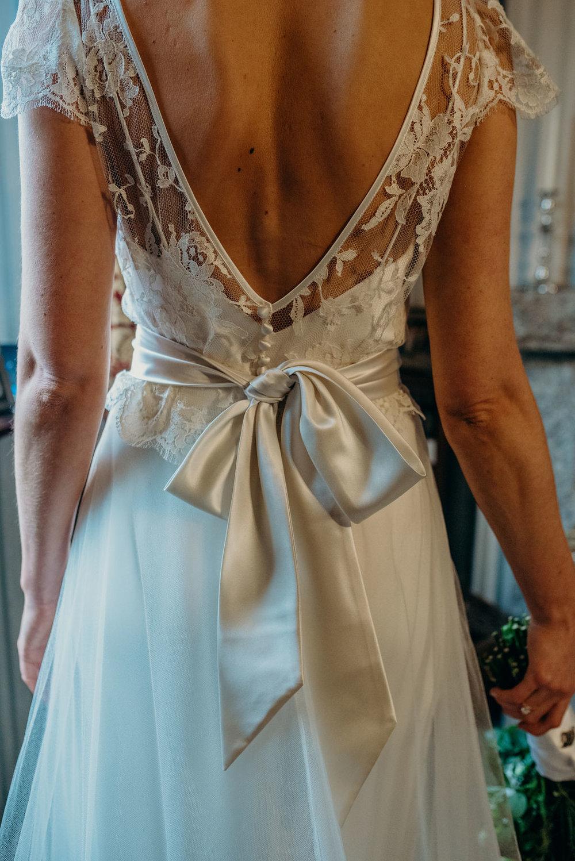 Beautiful bride Harriet wore a wedding dress by Halfpenny London