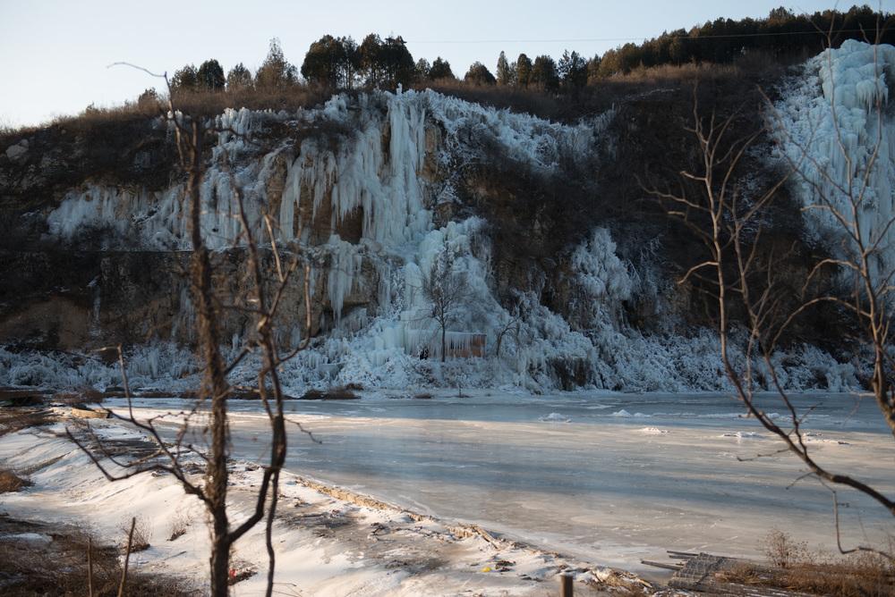 Frozen lake a few miles before the Xiang Shui Hu 响水湖 Great Wall