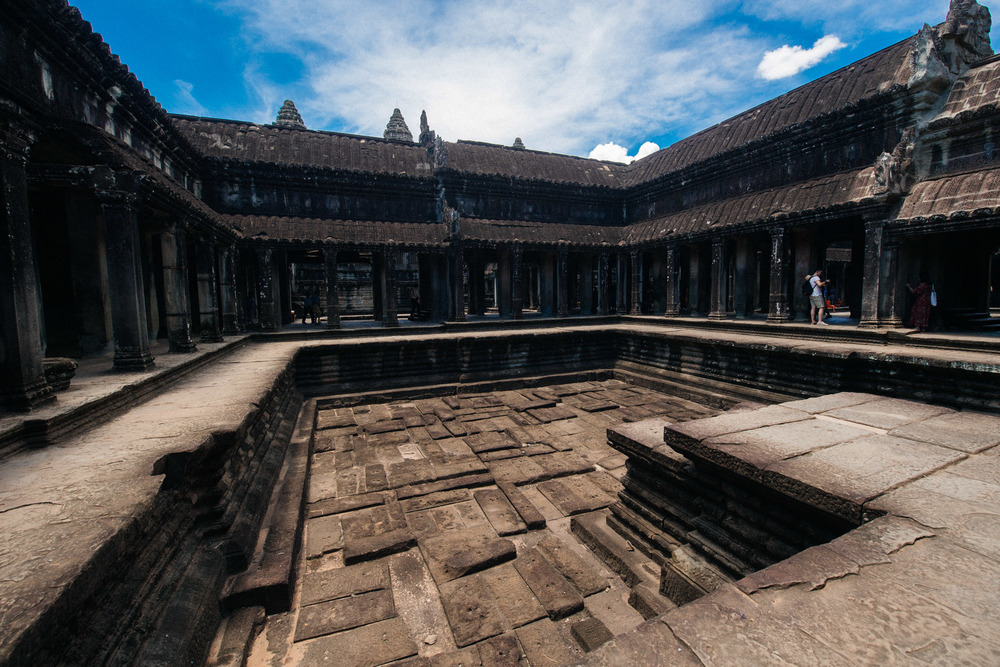 Inside the main building is a dry pool. There is a similar one on the opposite side.
