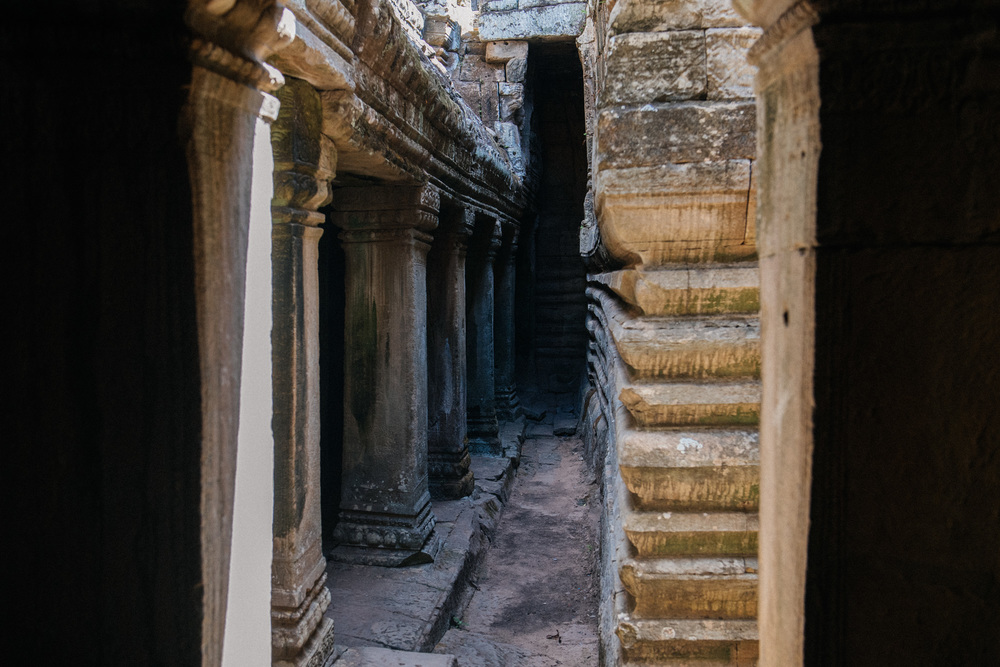 A second floor was added later to the temple, that's why some parts of the construction are so close together. Researchers believe that the temple originally was a single level structure.