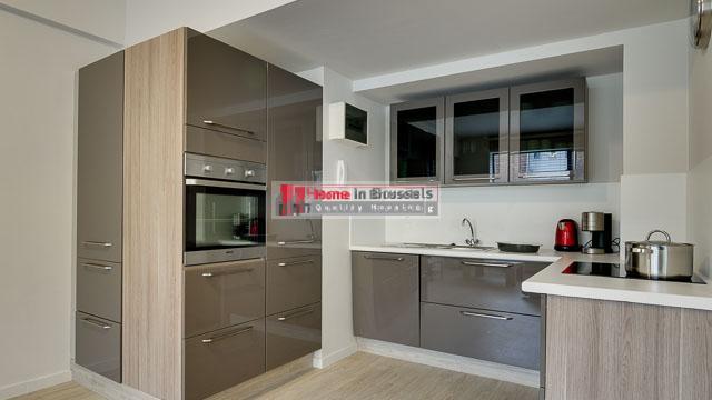 rueleopold27-apt34-kitchen.jpg