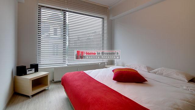 rueleopold27-apt52-bedroom1.jpg