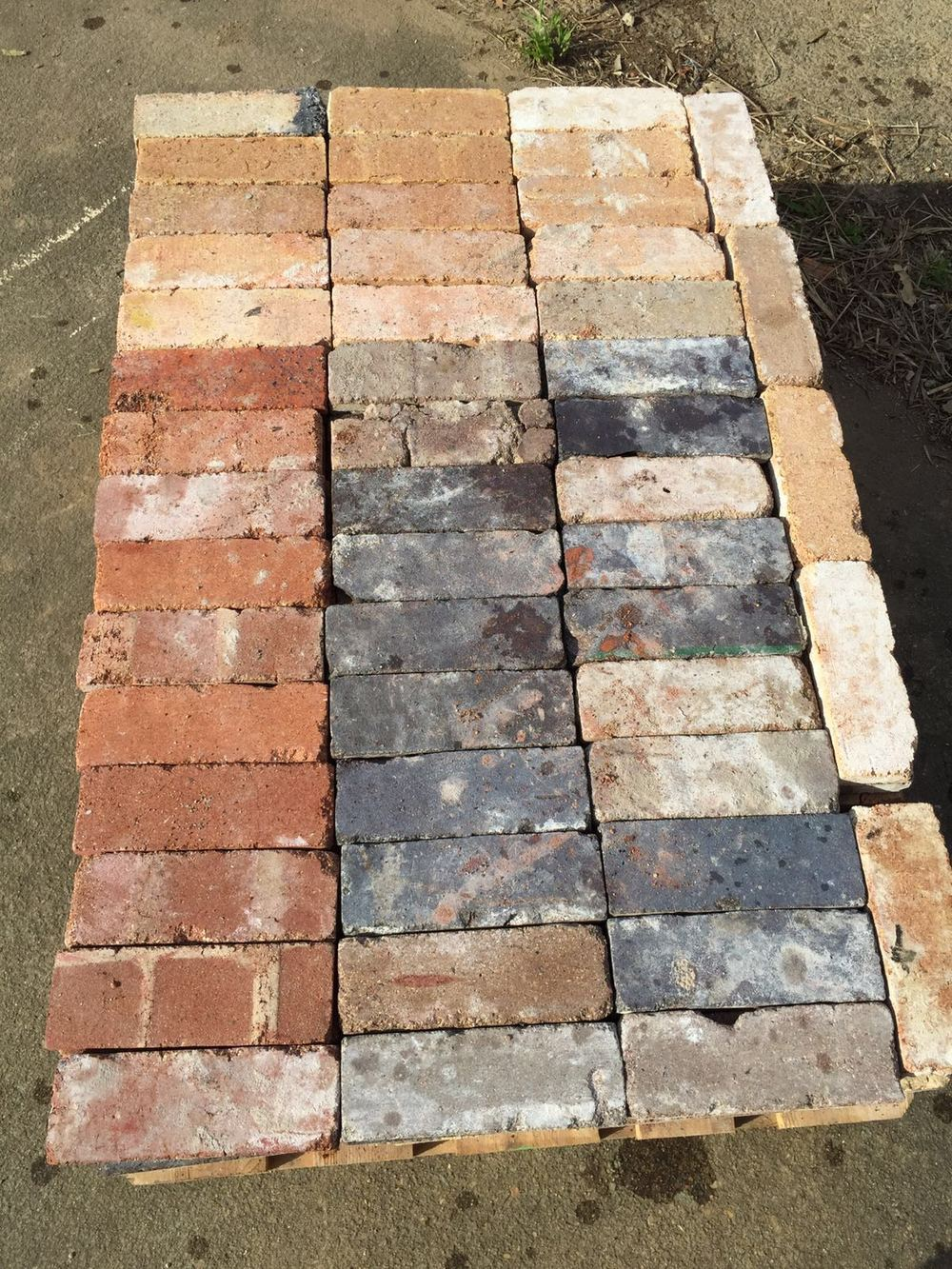 Brick Tiles Pallet.JPG