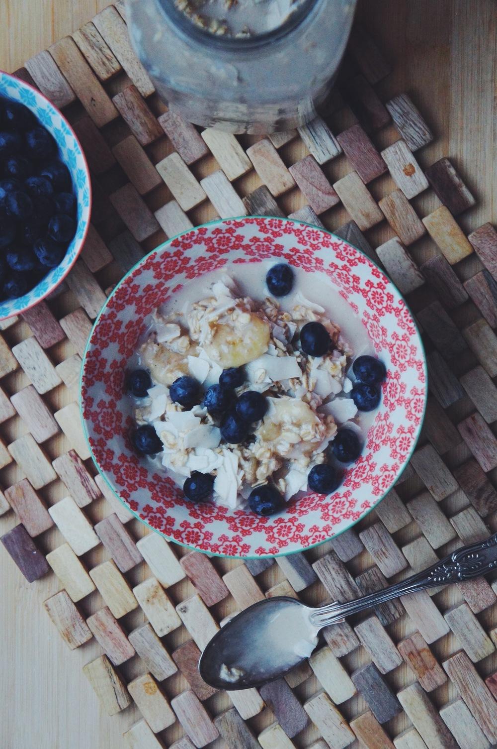 overnight-oats-coconut.jpeg