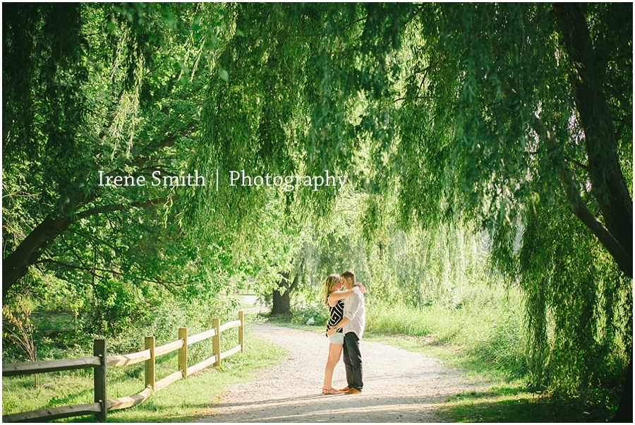 Erie-Pittsburgh-Pennsylvania-Engagement-Wedding-Photography_0054