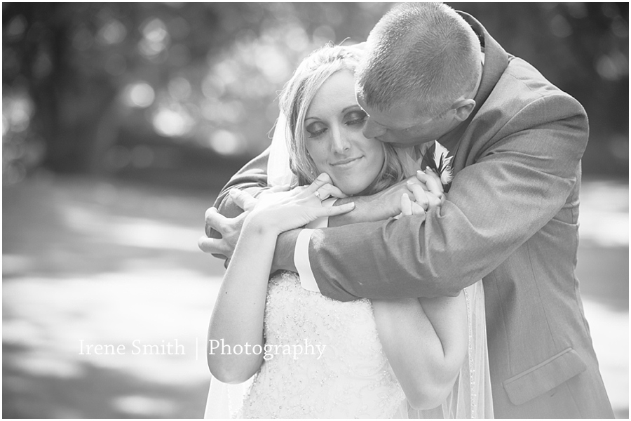 Cambridge Springs-Pennsylvania-Engagement-Wedding-Photography_0015
