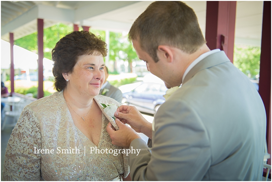 Franklin-Conneaut-Lake-Pennsylvania-Wedding-Photography_0003