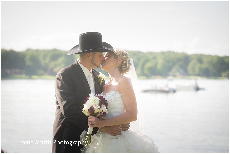 Lake-Latonka-Pennsylvania-Wedding-Irene-Smith-Photography_0030.jpg
